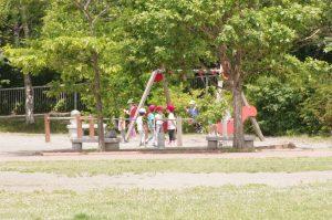 園バスを利用し園外保育