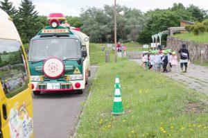 7月6日 雨の合間に100年記念塔までミニ遠足